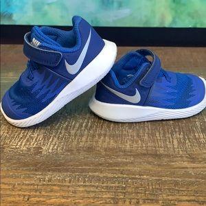 Infant boys Nike tennis shoes